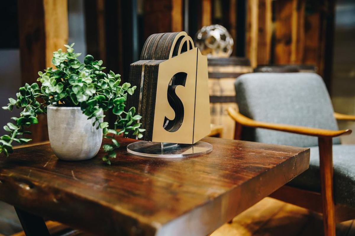 shopify-table-decor